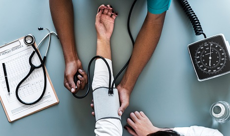 Go to Doctor Without Insurance and Money